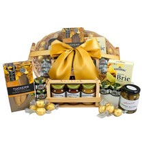 Gourmet Sweet N Savory Hamper: Friendship Day