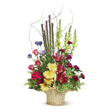 Country Fresh: Anniversary Flower Delivery in Canada