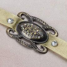 Antique Affectionate Rakhi FIN: Send Rakhi to Finland