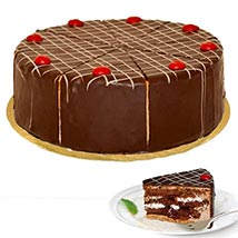 Dessert Blackforest Cherry Cake: Send Birthday Cakes to Dusseldorf