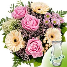Flower Bouquet Ballade with vase: Valentines Day Gifts to Germany