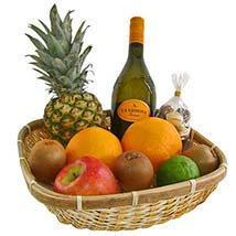Our Healthy and Fruity Gift Basket: Christmas Gift Hampers to Germany