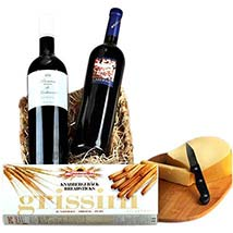 Romantic Wine Hamper: Christmas Gift Hampers to Germany