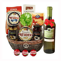 Season Greeting with White Wine: Christmas Gift Delivery Germany