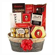 The Sweetvaganza Gift Basket: Christmas Gift Delivery Germany