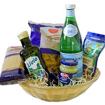 Vegetarian Pasta Gift Basket: Christmas Gift Hampers to Germany