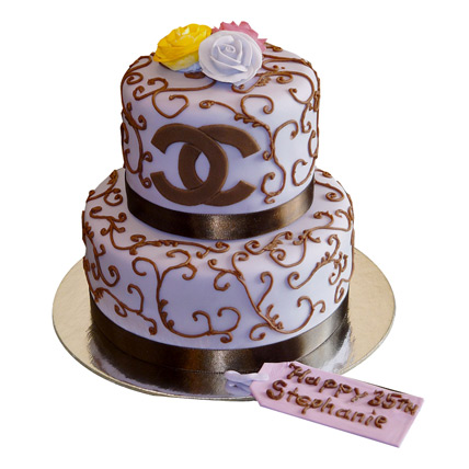 Special Chanel Cake 5kg Eggless