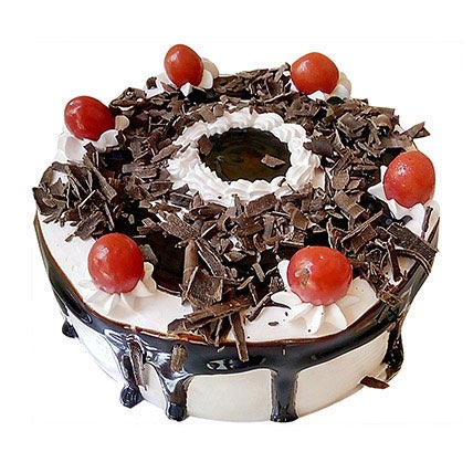 Yummiez Black Forest Cake 2 Kg Eggless