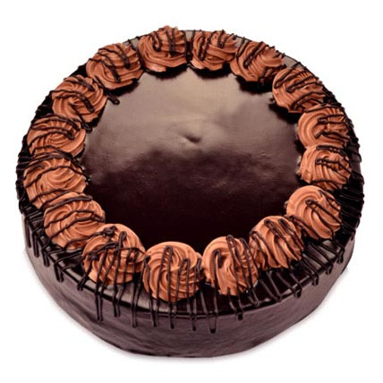 Yummy Chocolate Rambo Cake 2kg Eggless