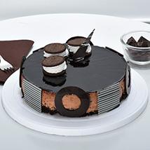 Chocolate Oreo Mousse Cake: Cake Delivery