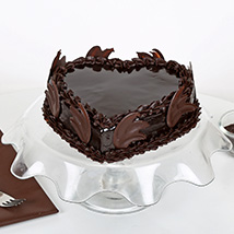 Heart Shape Truffle Cake: Love N Romance Gifts