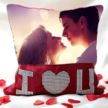 I Love You Personalized Cushion Valentine: Personalised Gifts
