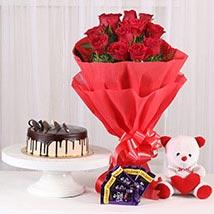 Softy Roses Hamper: Flowers to Delhi