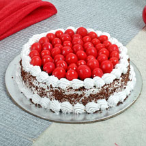 Special Blackforest Cake: Cake Delivery