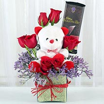 Teddy With Roses: Chocolates Shopping India