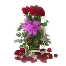 12 Roses in vase Arrangement MAL: Send Flowers to Malaysia