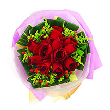 A Bouquet of Beauty: Valentines Day Flowers Malaysia