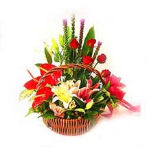 Arrangement of mixed seasonal flowers: Flower Delivery in Malaysia