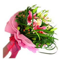 Bouquet of Star Gazer Lilies MAL: Send Flowers to Malaysia