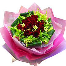 Mesmerising Roses Collection: Valentine Flowers to Malaysia