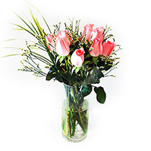 Pink Beauty in Clear Vase: Valentines Day Flowers Malaysia