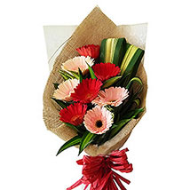 Romance Speaks: Send Flower Bouquets to Malaysia
