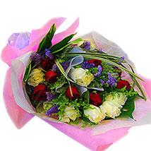 Sensational Charm: Anniversary Flowers to Malaysia