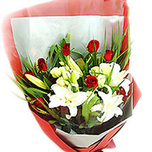 Soothing Bouquet For You: Lilies to Malaysia