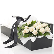 Box Of White Roses: Send Flower Bouquets to New Zealand