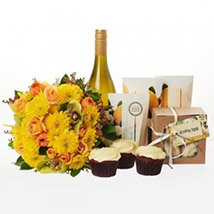 Bright N Beautiful Hamper: New-Zealand Gifts Love-N-Romance