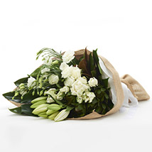 Classic White Flowers: Wedding Gifts to New Zealand