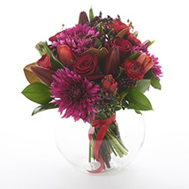 Dark Red Posy: Send Birthday Gifts to New Zealand