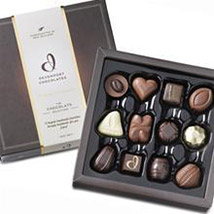 Lovely Chocolates Box: Birthday Gifts to New Zealand