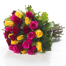 Mixed Roses Bouquet: Send Gifts to Hamilton