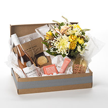Pamper Her Gift Hamper: New-Zealand Gifts Love-N-Romance