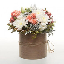Peach Flowers In Copper Pot: Send Flower Bouquets to New Zealand