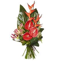 Ravishing Red Bouquet: Send Gifts to Hamilton