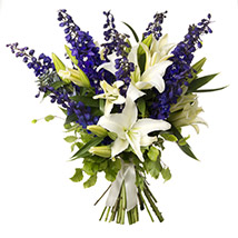 White N Blue Bouquet: Send Flower Bouquets to New Zealand