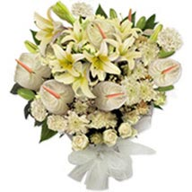 White Frostpak pak: Send Flowers to Pakistan