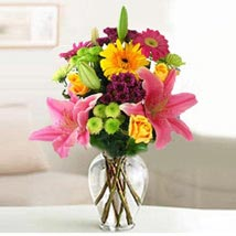 Festive Bouquet: Send Flowers to San Juan