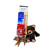 Beary Special Gift: Mothers Day Gift Delivery Qatar
