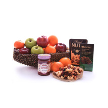 Sweet Fruits: Mothers Day Gift Delivery Qatar
