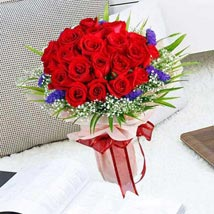 21 Red Rose Bouquet: Anniversary Gifts to Singapore