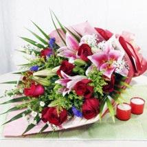 Handbouquet: Send Flowers to Singapore