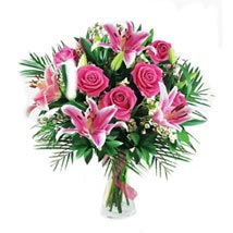 Pink Love: Mothers Day Flowers - Singapore
