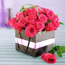 Cerise Roses in a Box: Gifts To South Africa