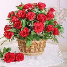 Red Rose Basket: Gifts To South Africa
