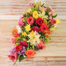 Seasonal Flower Coffin Display: Christmas Gift Delivery in South Africa