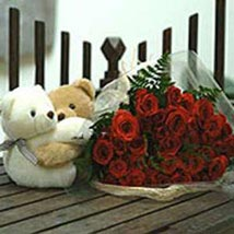 Twin Hearts bouquet: Send Gifts to South Africa