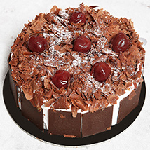 4 Portion Blackforest Cake: Birthday Cake Delivery in UAE